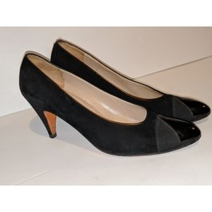 Salvatore Ferragamo Black Vtg Authentic Pumps 7.5